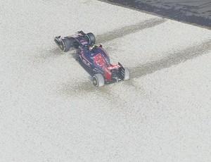 Carlos Sainz Jr. acabou na brita durante 1º treino livre para o GP da Itália (Foto: Reprodução)