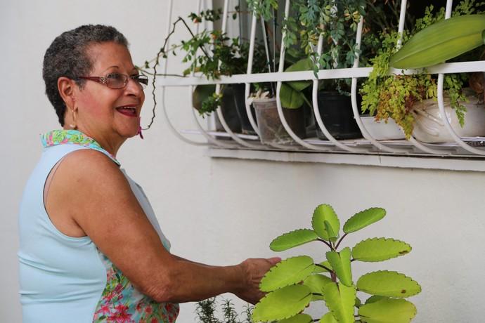 Dona Geralda, aspirante a entrar na casa, quer aproveitar a vida (Foto: Gshow)