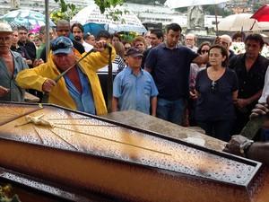 Enterro de João Araújo aconteceu na tarde deste sabado (30) no Rio de Janeiro (Foto: Kathia Mello/G1)