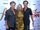 Bruna Lombardi lança filme ao lado de Carlos Alberto Riccelli e do filho no Rio