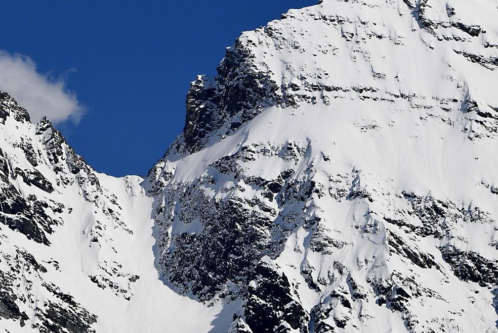O monte Greffier, nos Alpes franceses, onde dois esquiadores e um guia foram mortos por uma avalanche (Foto: Jean-Pierre Clatot/AFP)