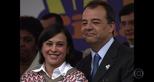 comprando joias (reprodução/TV Globo)