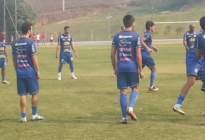 treino tupi-MG Fabrício Soares (Foto: Bruno Ribeiro)