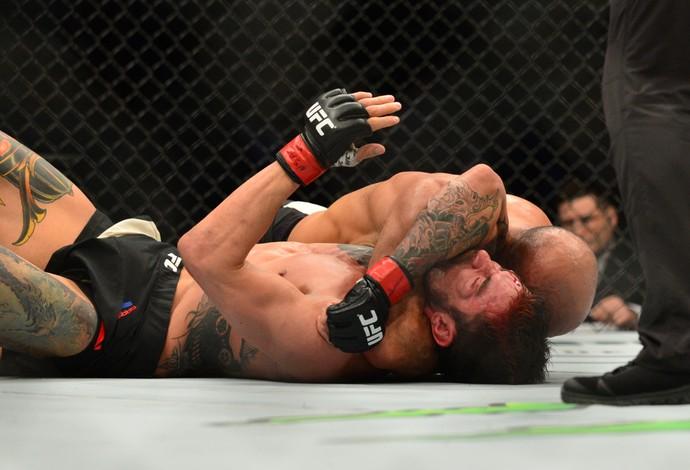 Siyar Bahadurzada Brandon Thatch UFC 196 (Foto: Jason Silva)