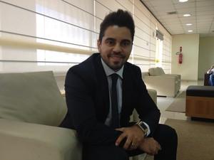 Juiz de Presidente Médici solicitação intimação por WhatsApp, em Rondônia (Foto: Gaia Quiquiô/G1)