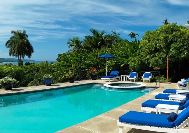 Casa escolhida por Harry e Meghan conta com duas piscinas privadas (Foto: Divulgação)