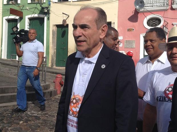 Ministro da Saúde, Marcelo Castro, está em Salvador neste sábado (Foto: Juliana Almirante/G1)