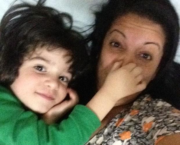 Mônica e o filho caçula (Foto: Arquivo pessoal)