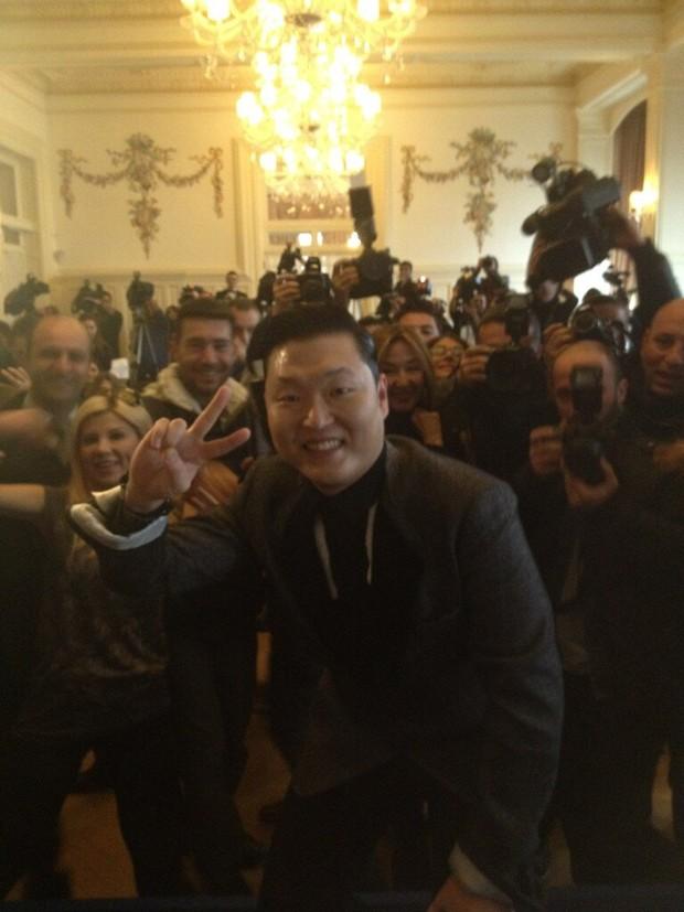 Psy (Foto: Twitter/Reprodução)
