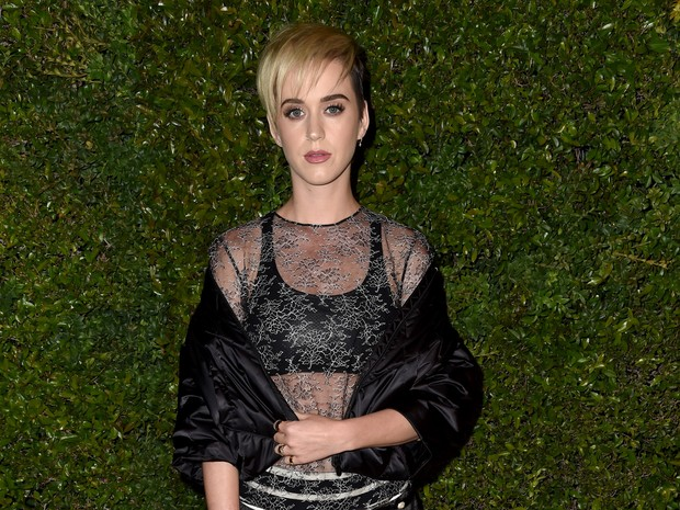 Katy Perry em evento de moda em Los Angeles, nos Estados Unidos (Foto: Frazer Harrison/ Getty Images/ AFP)