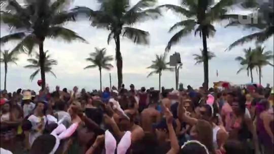 Confira vídeo em timelapse do bloco Simpatia É Quase Amor, em Ipanema