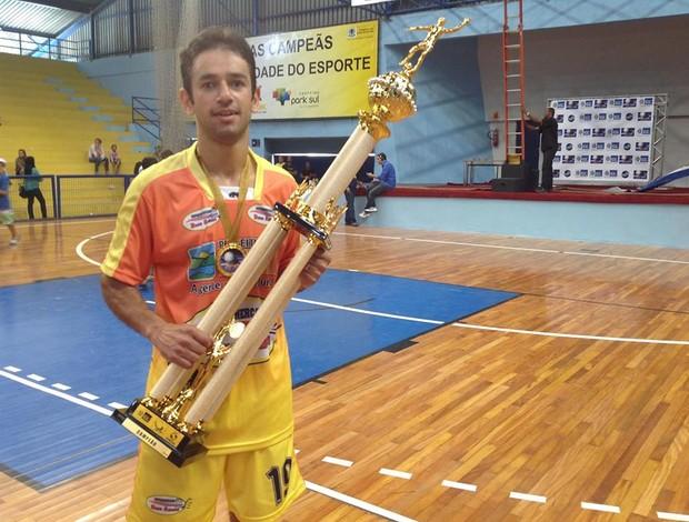 Rafael Sixel, de Piraí, destaque da final da Copa Rio Sul de Futsal (Foto: Vinicius Lima/GLOBOESPORTE.COM)