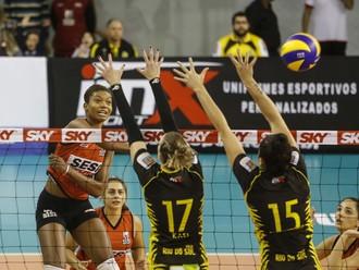 Lorenne Sesi-SP Superliga (Foto: Ricardo Botelho/Inovafoto/CBV)