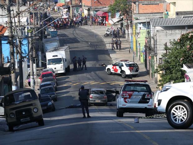 Quatro suspeitos morrem em tiroteio com a PM na Zona Sul de São Paulo (Foto: Renato S. Cerqueira/FUTURA PRESS/ESTADÃO CONTEÚDO)