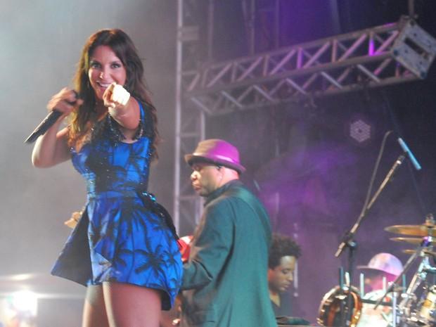Ivete Sangalo em show em João Pessoa, na Paraíba (Foto: Marcelo Loureiro e Gil Alves/ Ag. News)