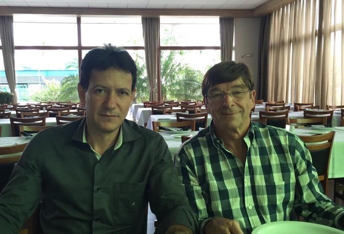 Ronaldo Alves e Eddy de Smedt em Uberlândia (Foto: Claudio Fernandes)