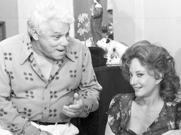 Seu Garcia (Dionísio Azevedo) e Ana Preta (Gloria Menezes)