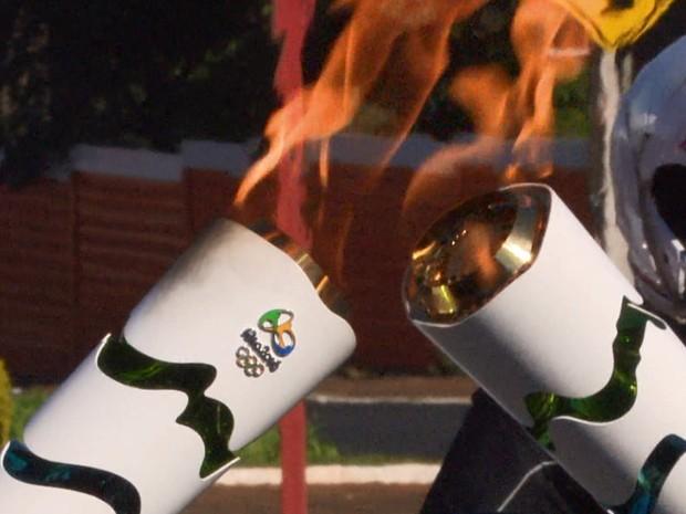 Tocha Olímpica em Araraquara (Foto: Reprodução/EPTV)