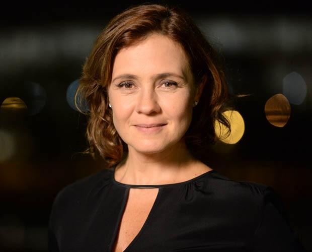 Adriana Esteves vive Tânia em Felizes para Sempre? (Foto: Zé Paulo Cardeal / TV Globo)
