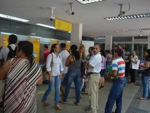 greve bancos paralisção rio branco acre (Foto: Tácita Muniz/G1)