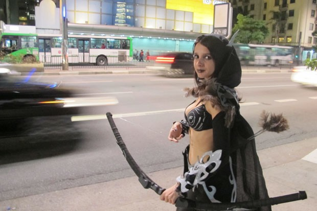 Andressa Venturini veio de Jundiaí para o lançamento da expansão 'Mists of Pandaria', de 'World of Warcraft' (Foto: Gustavo Petró/G1)