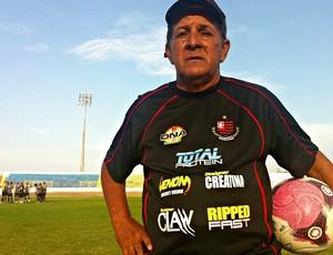 Teco-Teco, auxiliar do Guarany de Sobral (Foto: Diego Morais / Globoesporte.com)