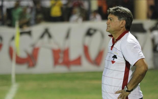Anibal Lemos, treinador do River-PI (Foto: Thiago Amaral)