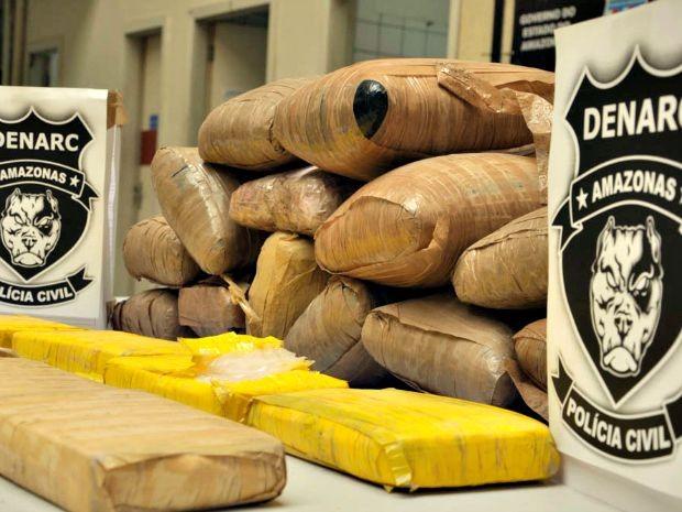 Drogas foram apreendidas após operação (Foto: Divulgação/Polícia Civil)