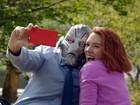 Viúva Negra se apaixona por Ultron em paródia de 'Vingadores'