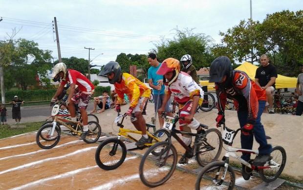 Na 4º edição do Campeonato Roraimense de BMX, atletas do Amazonas e de Roraima testaram suas habilidades  (Foto: Divulgação)