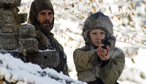 Hanna foi treinada pelo pai para ser a assassina perfeita (Foto: Divulgação/Reprodução)