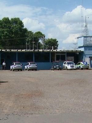 Seis carros estavam parados em base da Guarda de Sumaré, nesta sexta-feira (Foto: Reprodução / EPTV)