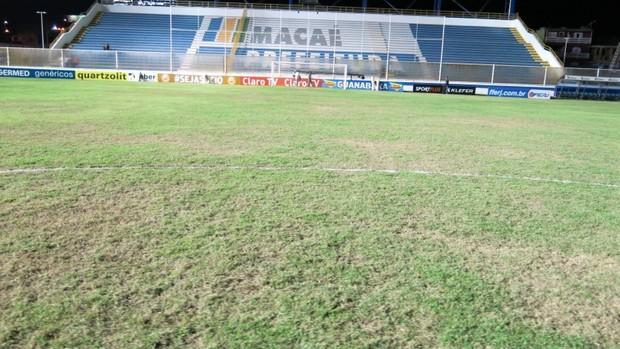 moacyrzao gramado (Foto: Edgard Maciel de Sá)