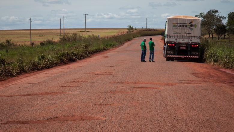 caminhos-da-safra-estrada-urucui (Foto: Marcelo Curia)