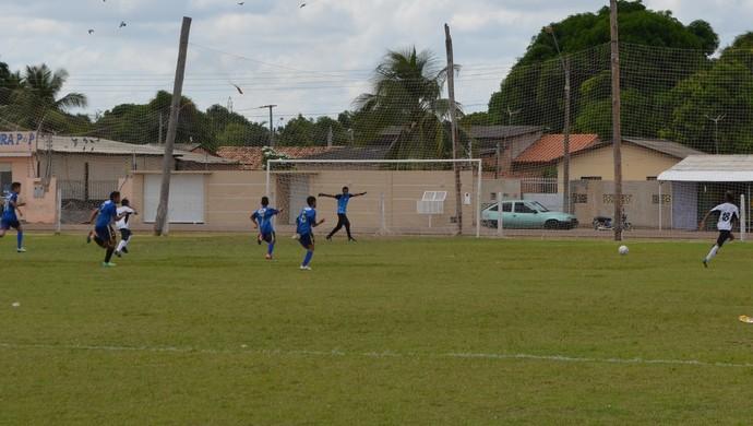 Águia, uniforme branco, estreia com vitória no Sub-14 (Foto: Bruno Willemon)