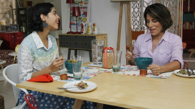 Gloria Pires com Bela Gil no Bela Cozinha (Foto: Divulgao/Alexandre Campbell)