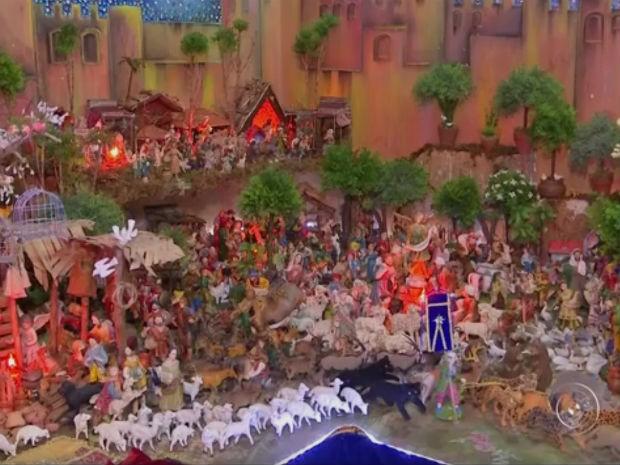Presépio com 5 mil peças tem visitação aberta em Mairinque (Foto: Reprodução/ TV TEM)
