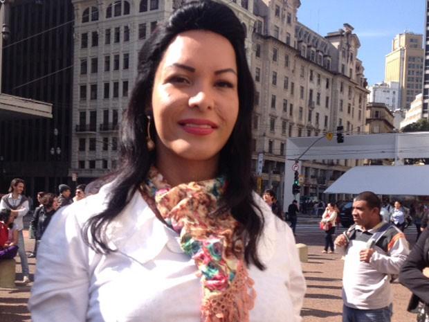 Transexual relata violência sofrida por causa do preconceito (Foto: Tatiana Santiago/G1)