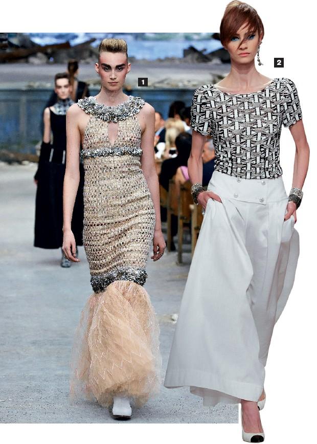 1. Apenas 200 mulheres em todo o mundo podem pagar por um vestido de alta-costura como este da Chanel, cujo preço pode chegar a US$ 1 milhão  2. Uma peça cruise da Chanel, com desenho mais simples e preço menor. A grife aposta nessa tendência (Foto: Divulgação e Rahman Roslan/Getty Images)