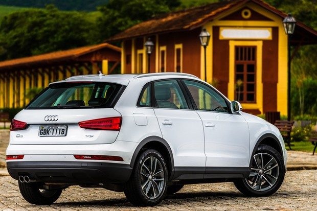audi q3 nacional chega ao mercado com pre o inicial de r auto esporte not cias. Black Bedroom Furniture Sets. Home Design Ideas