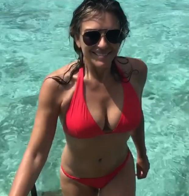 Elizabeth Hurley (Foto: Reprodução/Instagram)