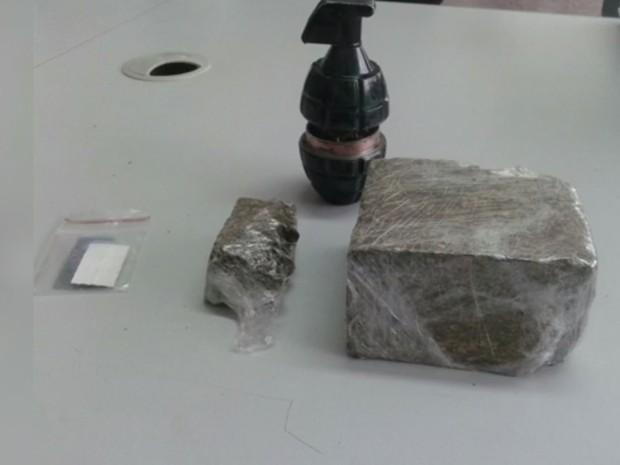 Droga foi apreendida em condomínio de Sorocaba  (Foto: Reprodução/TV TEM)