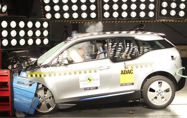 BMW i3 foi avaliado em teste de segurança (Foto: Divulgação)
