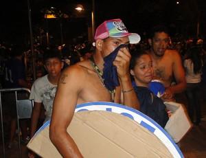 confusão torcedores Cruzeiro (Foto: Mauricio Paulucci)
