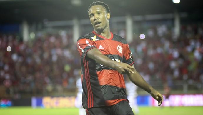 Rafael Vaz deixa o Vasco no passado (Foto: Gilvan de Souza/Flamengo)