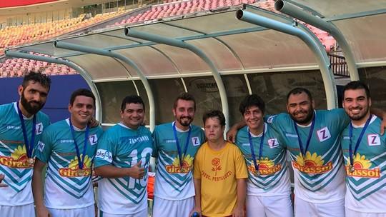 'Zappeando' celebra dia do amigo na Arena da Amazônia
