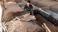 Feito à mão : conheça o trabalho dos artesãos que fazem calçados na Paraíba