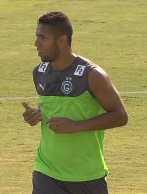 Samuel, atacante do Goiás (Foto: Reprodução/TV Anhanguera)