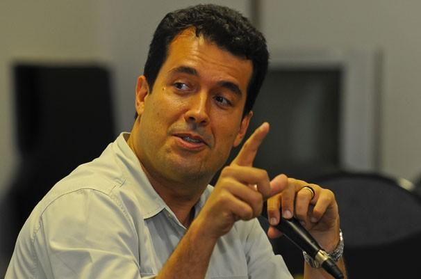 André Trigueiro ministrou palestra da Universidade Federal de Santa Catarina (Foto: Hermes Bezerra)