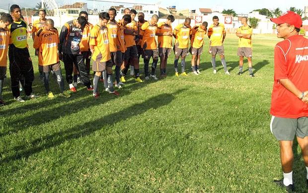 jogadores no treino do CRB (Foto: Divulgação / Assessoria CBR)